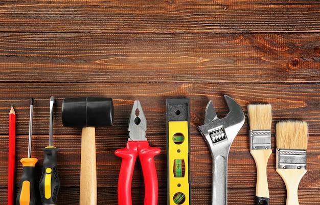 Ensemble d'outils sur bois