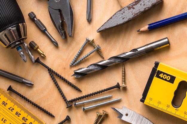 Ensemble d'outils de travail