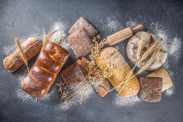 Ensemble de pain divers