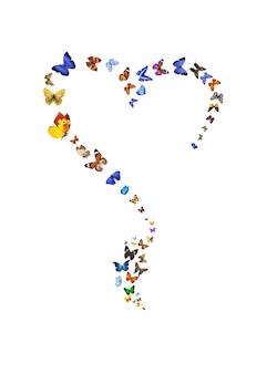 Un ensemble de papillons colorés en forme de coeur est isolé sur un fond blanc. papillons volants. symbole de l'amour. photo de haute qualité