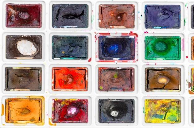Ensemble de peintures à l'aquarelle