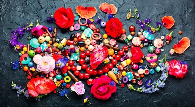 Ensemble de perles lumineuses pour la fabrication de bijouterie.perle colorée