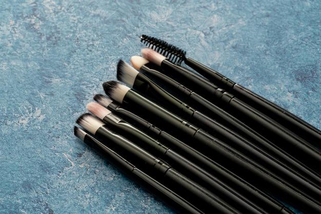 Ensemble de pinceau de maquillage cosmétique bouchent