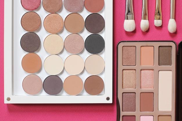 Ensemble professionnel de maquillage pour les yeux naturel à la mode