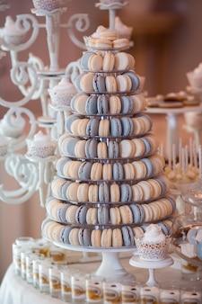 Ensemble de table de bar à bonbons de mariage de luxe.