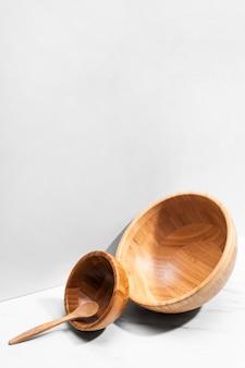 Ensemble d'ustensiles de cuisine en bois à angle élevé