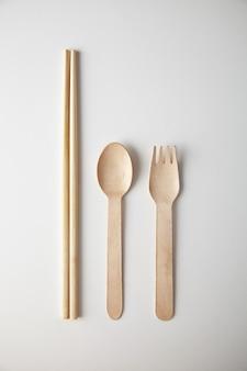 Ensemble d'ustensiles de cuisine pour les activités à emporter: cuillère écologique de recyclage en bois