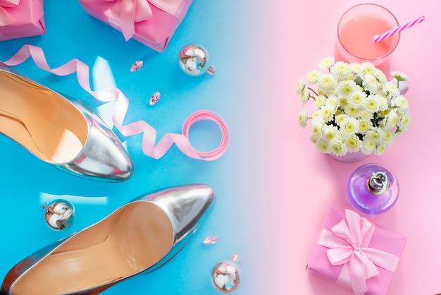 Ensemble de vacances accessoires chaussures chaussures boîte cadeau noël boules affiche de noël