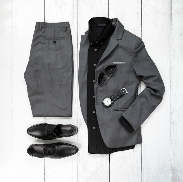 Ensemble de vêtements et accessoires de mode homme