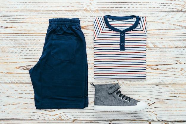 Ensemble de vêtements pour hommes