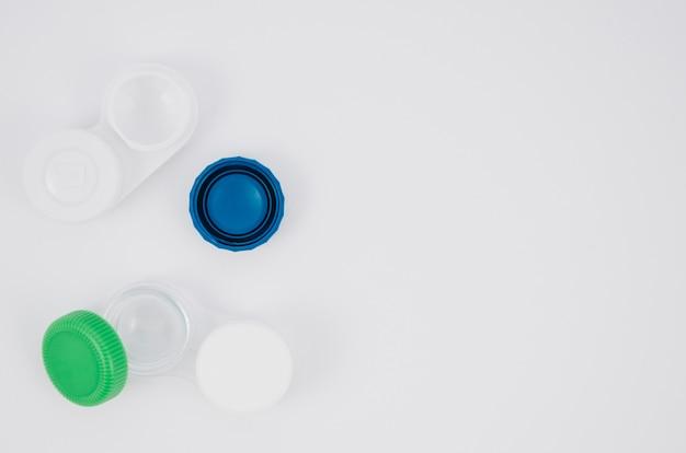 Ensembles de lentilles de contact avec fond
