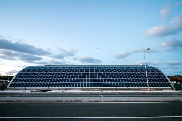 Entrepôt solaire moderne
