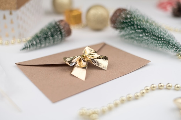 Enveloppe de lettre au père noël noël nouvel an 2021 décor bokeh fond