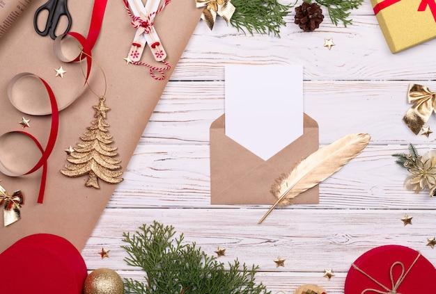 Enveloppe de lettres au père noël, buckground de noël avec canne en bonbon