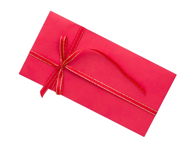 Enveloppe rouge avec noeud de ruban