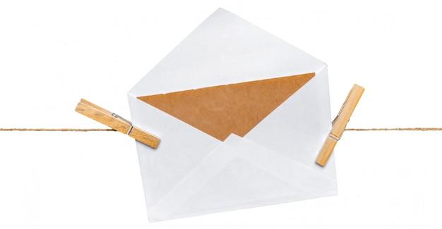 Enveloppes sur corde