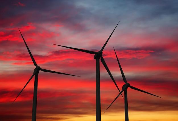 Éoliennes dans le ciel