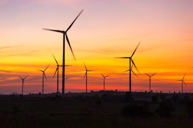 Éoliennes produisant de l'énergie