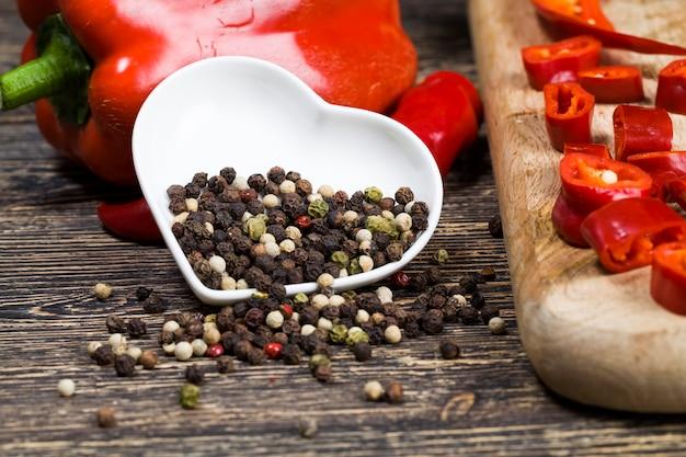 Épices au poivre dans la cuisine
