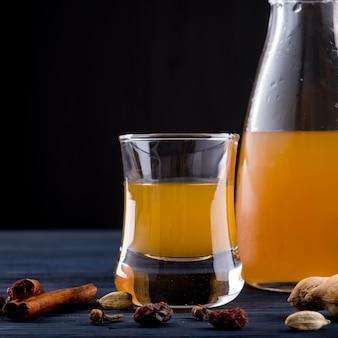 Épices à boire à l'hydromel