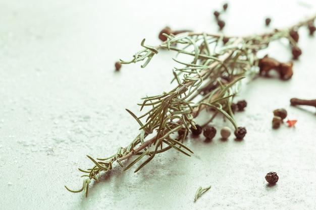 Épices et herbes