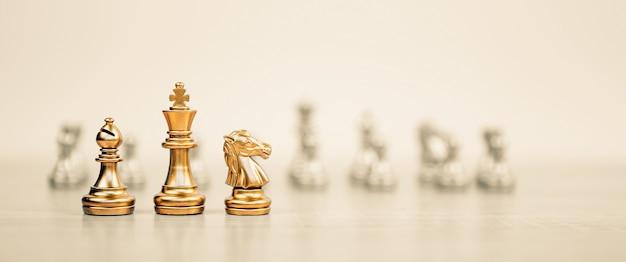 Équipe d'échecs en gros plan devant la rangée.
