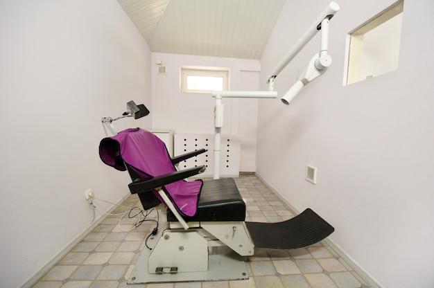 Équipement dans l'armoire de rayons x à l'hôpital