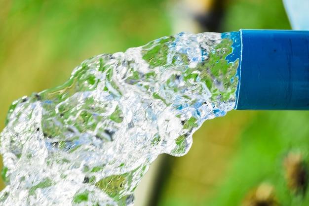 Équipement de débit d'eau de tuyau de pompe bleu pour l'agriculture