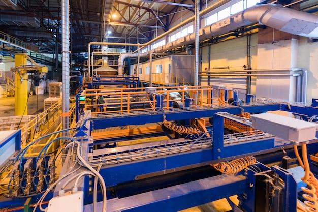 Équipement de l'industrie de la production de fibre de verre à la fabrication