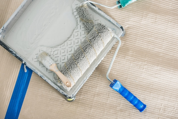 Équipement de peinture sur rouleaux