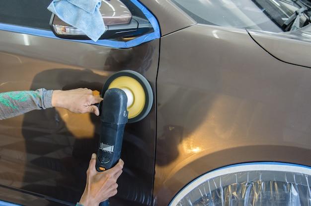 Équipement de polissage automobile