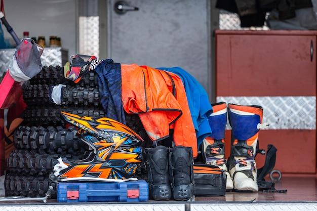 Équipement de protection pour le sport automobile, arrière-plan