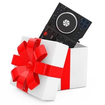 L'équipement de table de mixage de platine dj moderne noir sort de la boîte-cadeau avec un ruban rouge sur fond blanc. rendu 3d