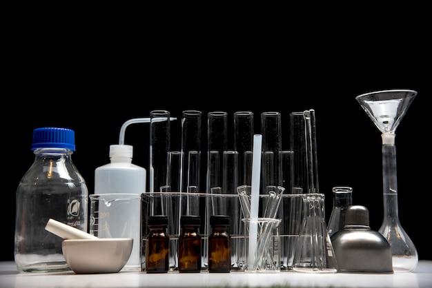 Equipement en verre pour expériences scientifiques