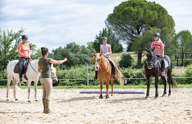 Équitation, girl, et, cheval