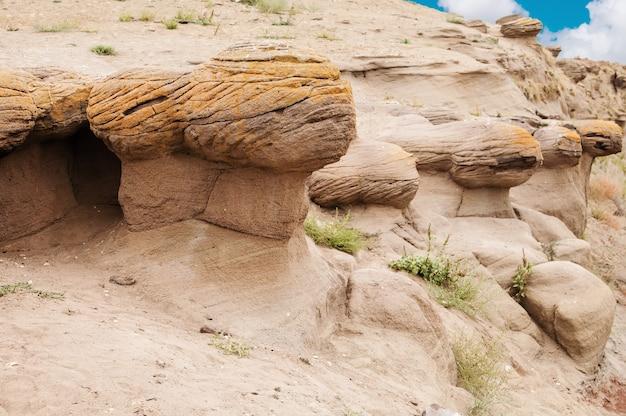 Érosion éolienne des roches