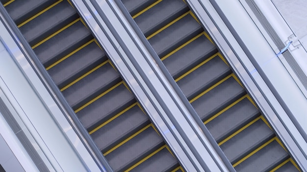 Escalators, technologie moderne