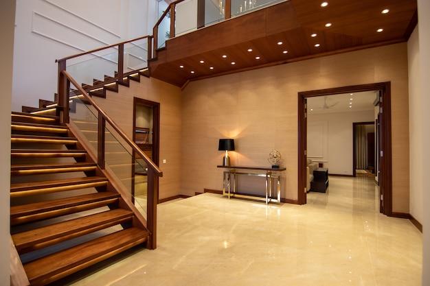 Escalier moderne et de luxe