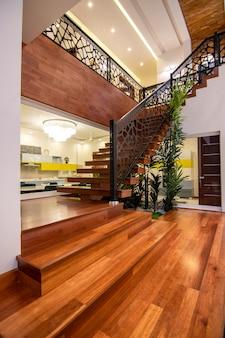 Escalier Moderne Et De Luxe Photo Premium