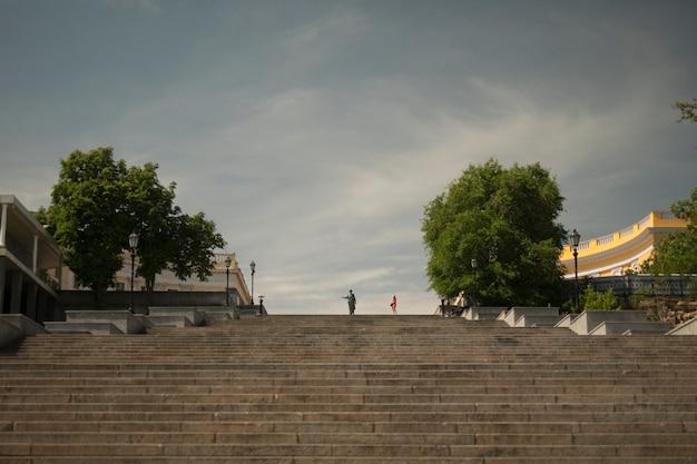 Escalier de potemkine, duc de richelieu et une fille en rouge