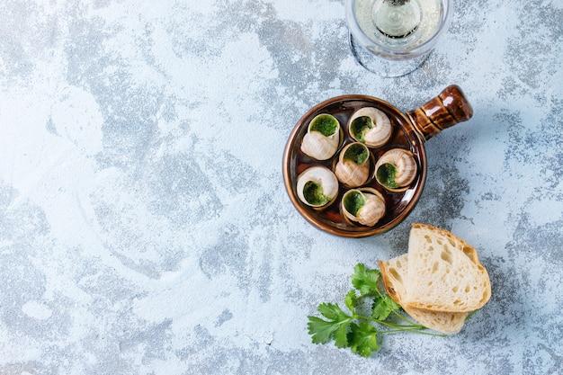 Escargots de bourgogne prêts à manger