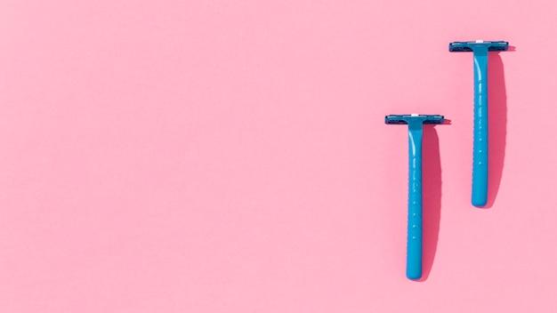 Espace copie des lames de rasoir bleu