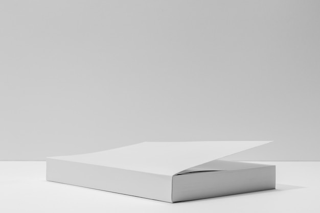 Espace de copie de livre blanc vue de face