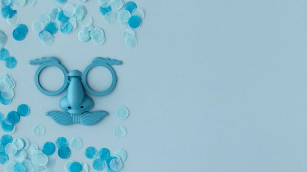 Espace de copie de masque bleu mignon carnaval