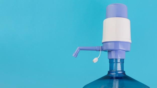 Espace copie de la pompe à eau manuelle