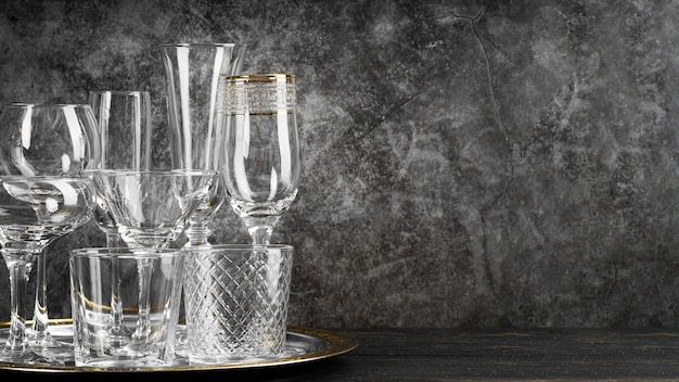 Espace de copie de verres en cristal vides