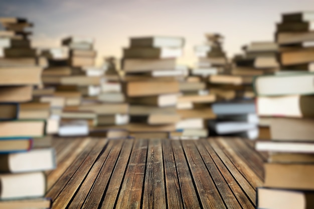 Espace entre les piles de livres