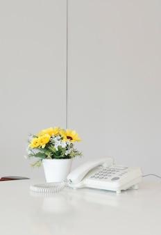 Espace de travail créatif moderne, le bureau d'un travailleur créatif.