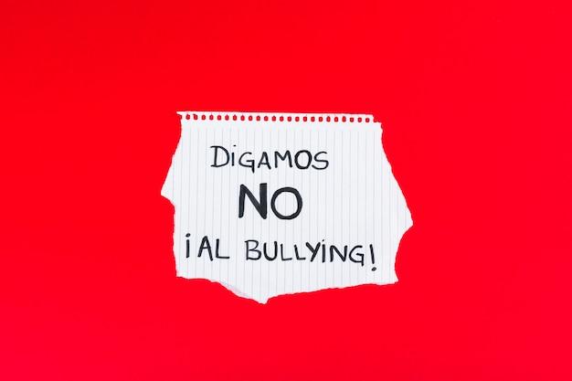 Espagnol dites non au slogan de l'intimidation