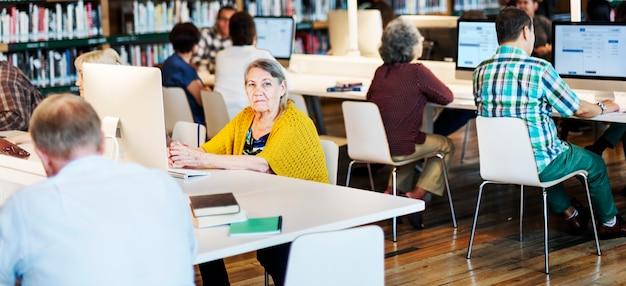 Étagère réponses avantage concurrentiel explication librairie éducation